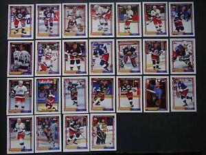 1992-93-Topps-Winnipeg-Jets-Team-Set-of-25-Hockey-Cards