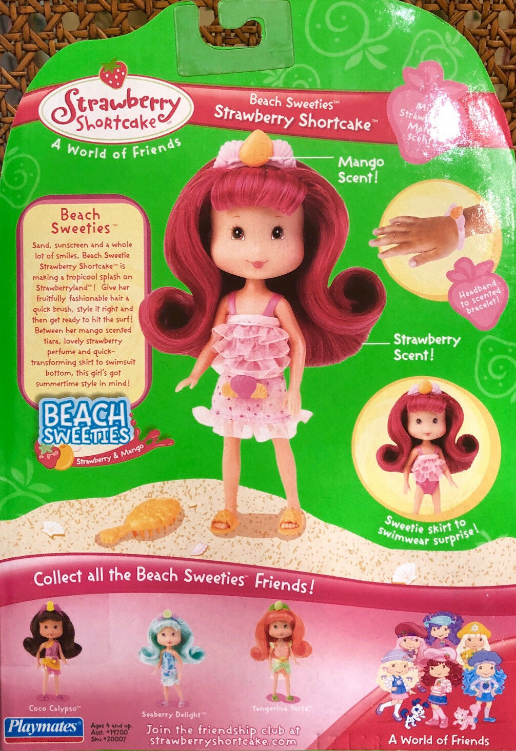 RotUCED  Strawberry Shortcake Beach Beach Beach Sweeties   NIB - RARE  Never Opened 907195