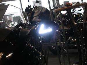 Weisse-LED-Blinker-Frontblinker-mit-Standlicht-Honda-CBR-1100-XX-Blackbird