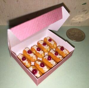 CUTE-DOLLHOUSE-Mini-Food-10-x-CREAM-ECLAIRS-in-BOX-for-BARBIE-PARTY