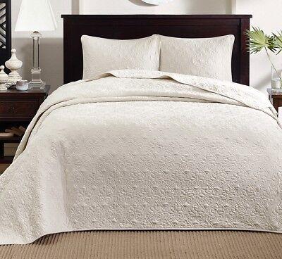 Ivory Matelasse 3p King Cal King 120x118 Bedspread Xxl