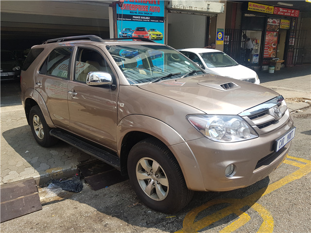 2008 Toyota Fortuner 3.0 D-4D 4x4 for sale!