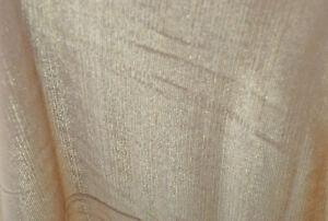 AgréAble Matière - Mousseline De Soie Type Or Avec Un Séduisante Éclat