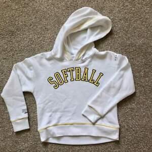 Justice-Active-Athletics-NWT-Girls-Softball-Hooded-Sweatshirt-sz-12-Comfy-Sporty
