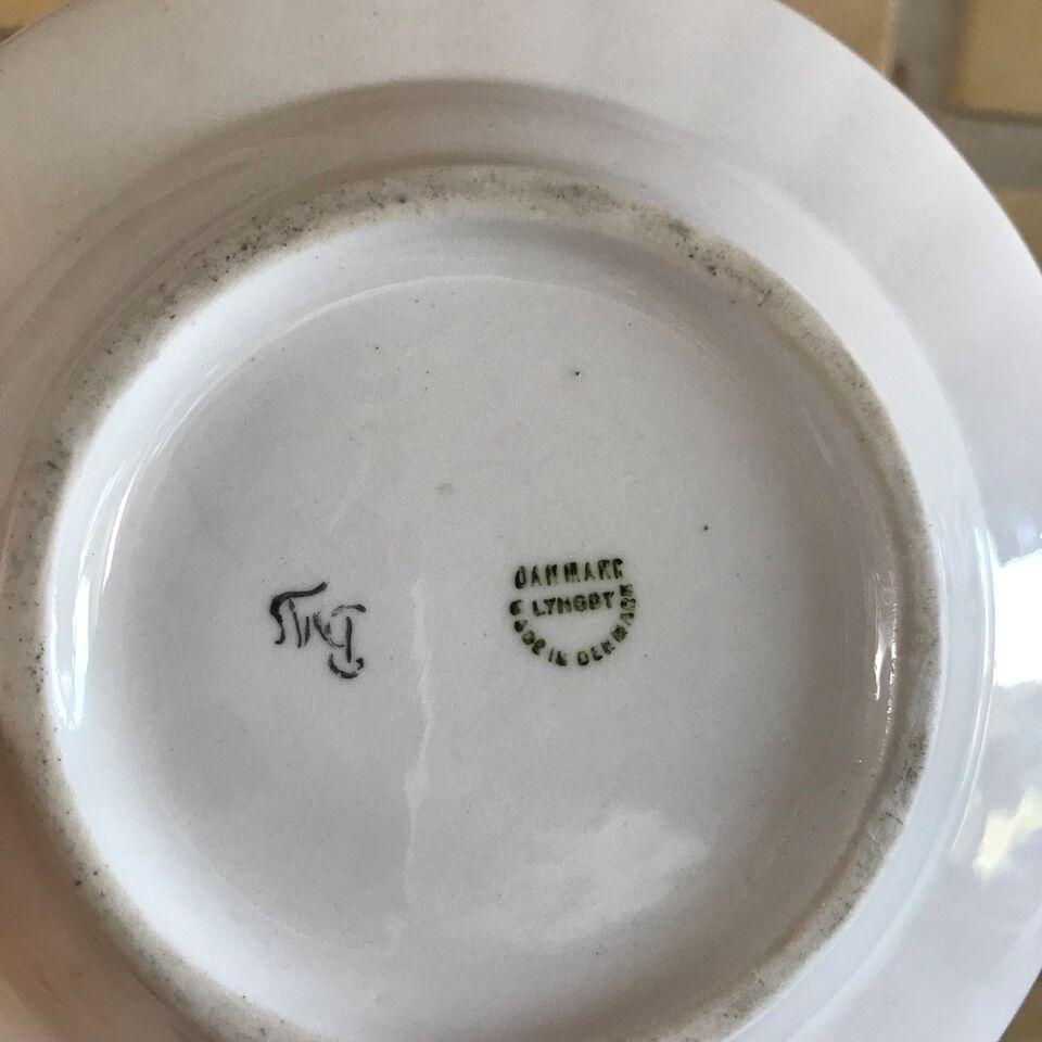 Porcelæn, Skål, Lyngby