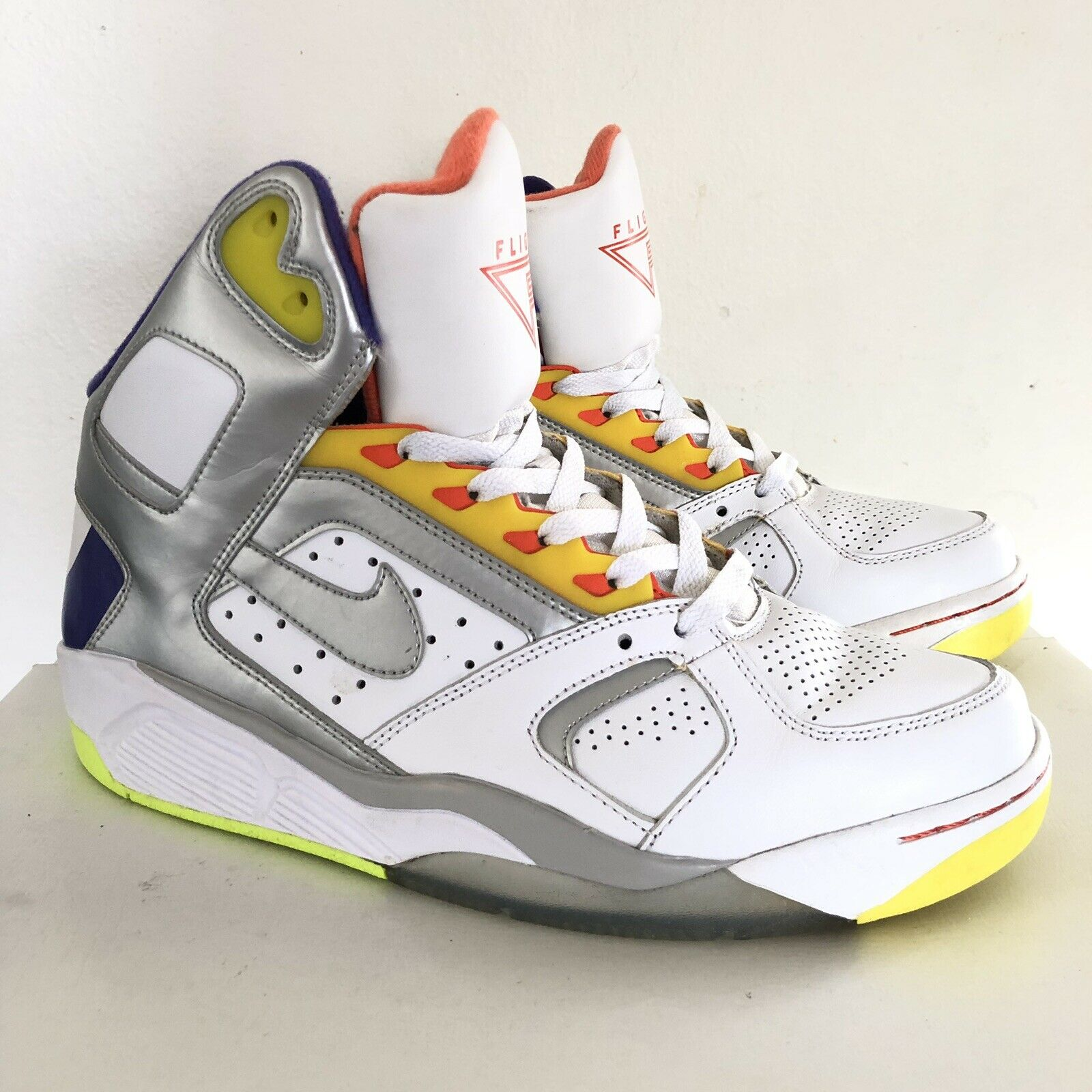 low priced e853f 69563 NIKE AIR FORCE FLIGHT F high top basketball shoes 329984-100 Size 9.5 US  MENS