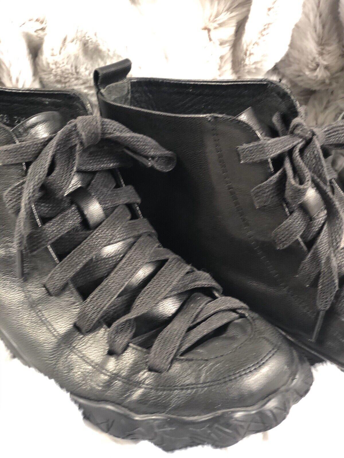 Velobas pour Femme en Cuir Noir Hightop Sneaker 6.5