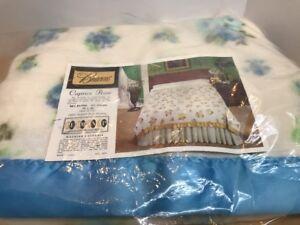 vtg-Beacon-blanket-1970s-NEW-Caprice-Rose-Blue-White-Twin-full-72x90-USA-Made