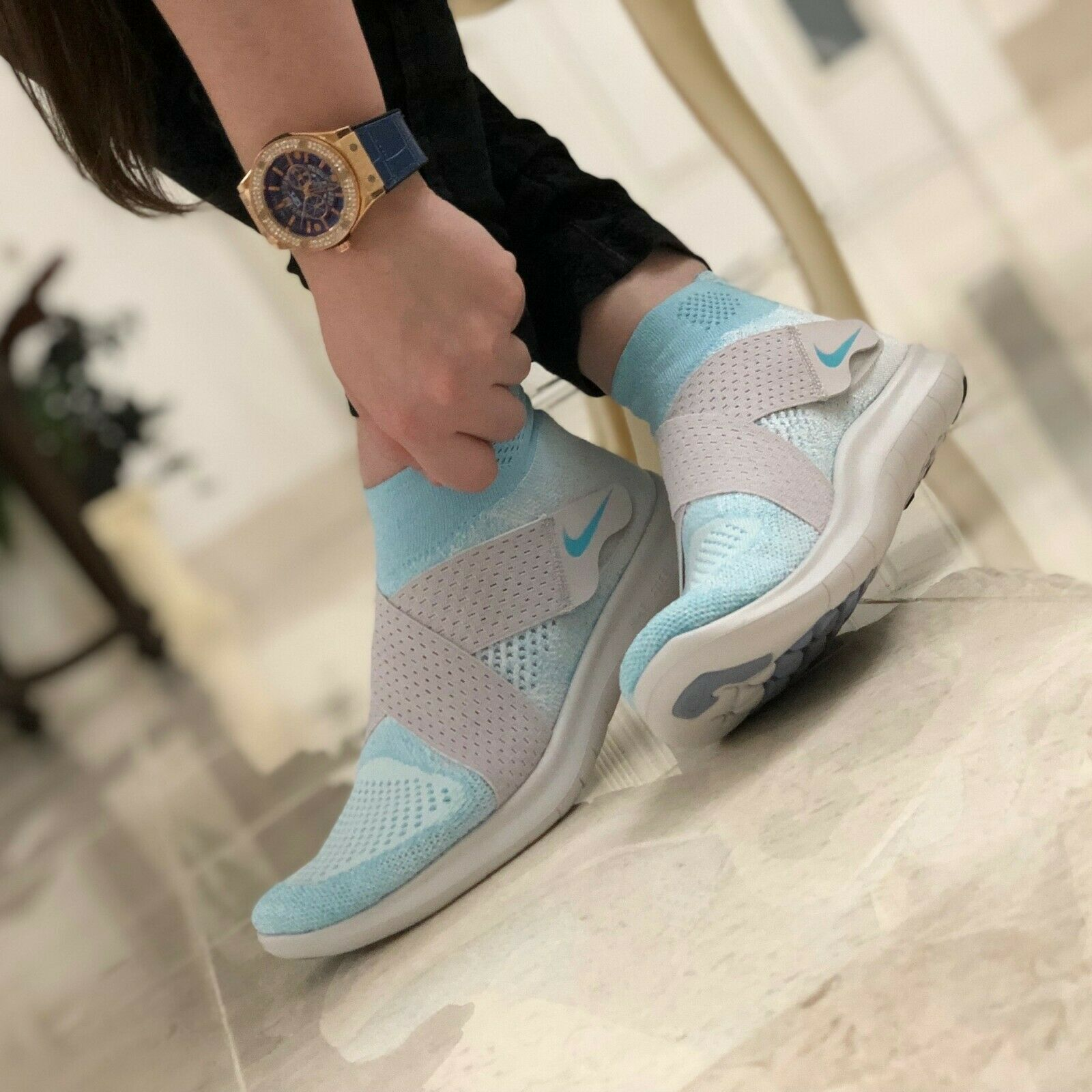Running Shoes Size 8.5 Style 880846-402