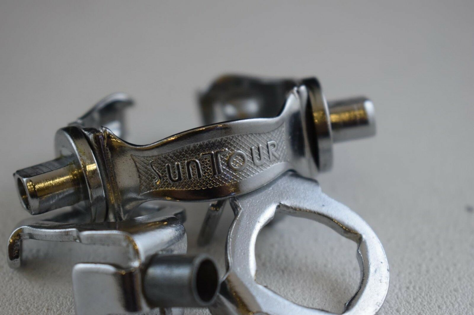 Suntour Down  Tube friction Shifter Clamp 1 1 8   28.6mm chrome vintage NOS  cheapest price