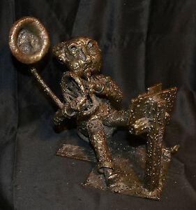 Sculpture-d-039-un-musicien-034-Joueur-de-cor-034-en-metal-signe-XXeme