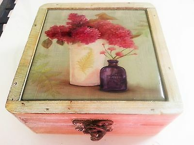 BEAUTIFUL Tii Collections Ceramic Floral Coasters Wooden Shabby Chic Trinket Box