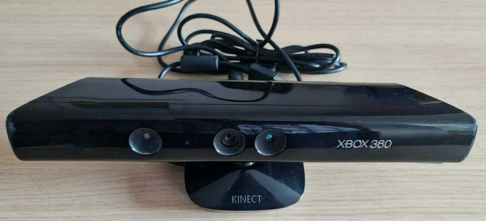 Official Xbox 360 Kinect Sensor + 4 Kinect games