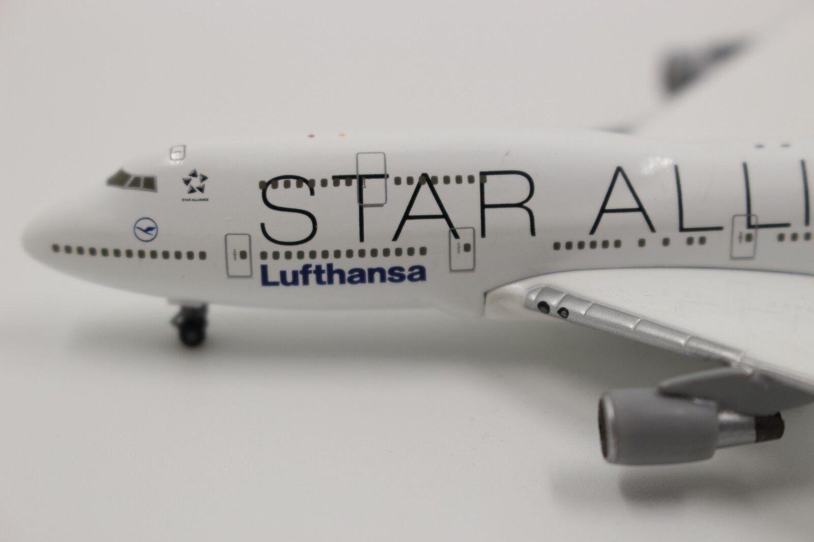 Herpa Wings 1 1 1 500 lufthansa boeing 747-400 Star Alliance Duisburg (504164) rar 392fad