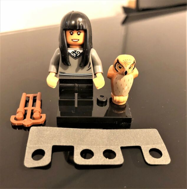 GENUINE LEGO MINIFIG #7- CHO CHANG - SET 71022 WITH UTENSILS BRAND NEW