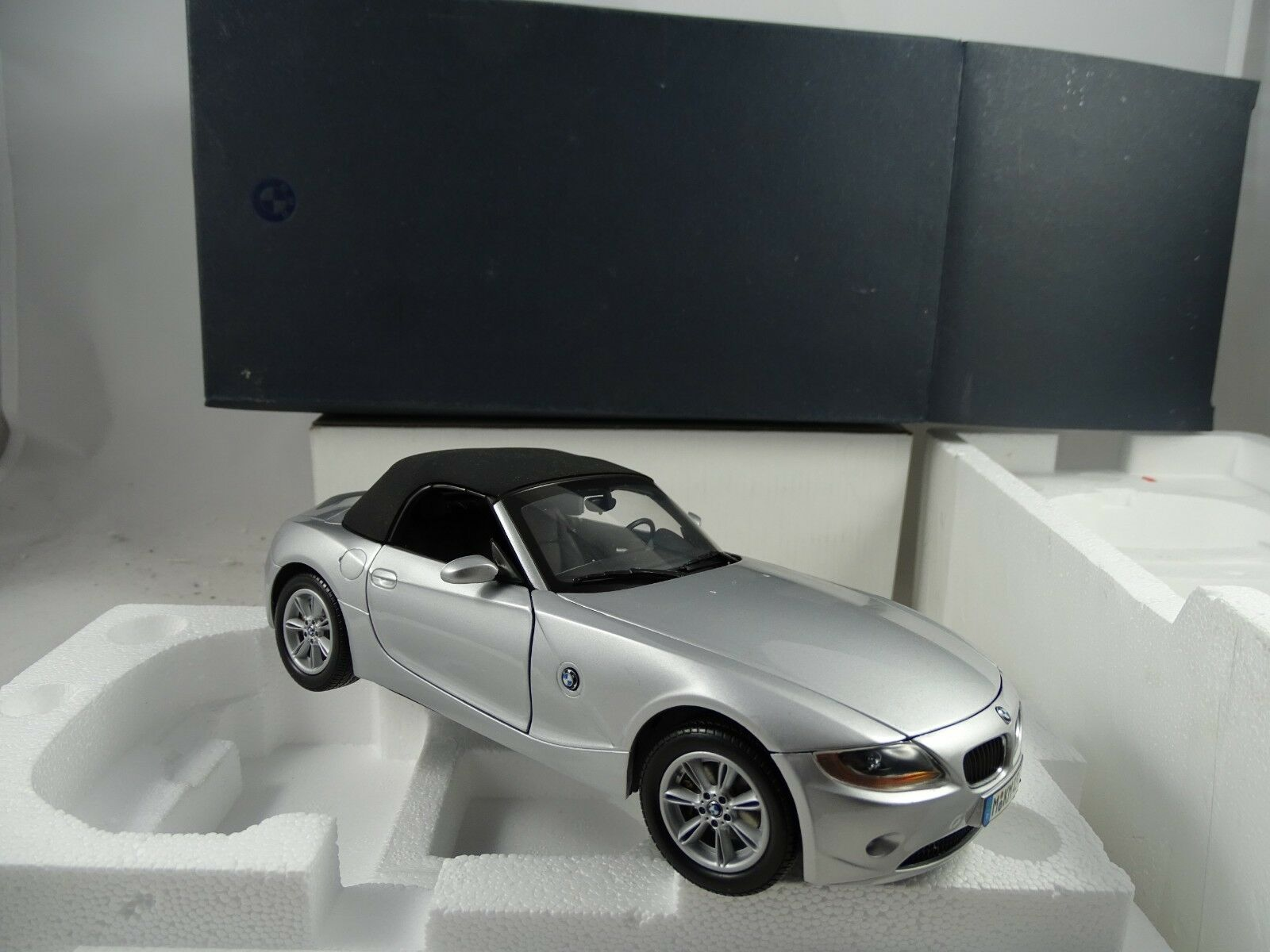 1:18 Museumsmodell BMW Z4 Cabriolet Argento - Rarità §