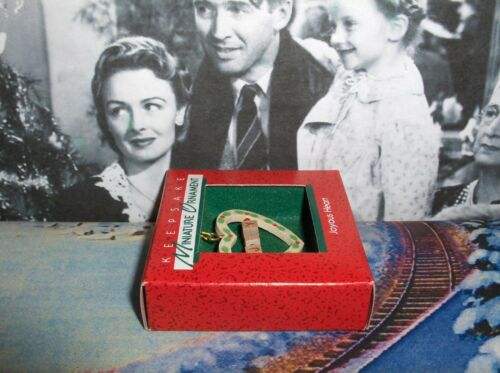 Joyous Heart`1988`Miniature-Little Wooden Heart,Hallmark Christmas Ornament-/>New