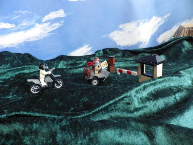 LEGO 7620 Indiana Jones Motorcycle Chase With Instructions & 100% COMPLETE