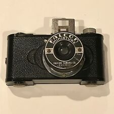 VINTAGE FALCON MINIATURE BAKELITE CAMERA COMPLETE MADE IN USA 127 Film