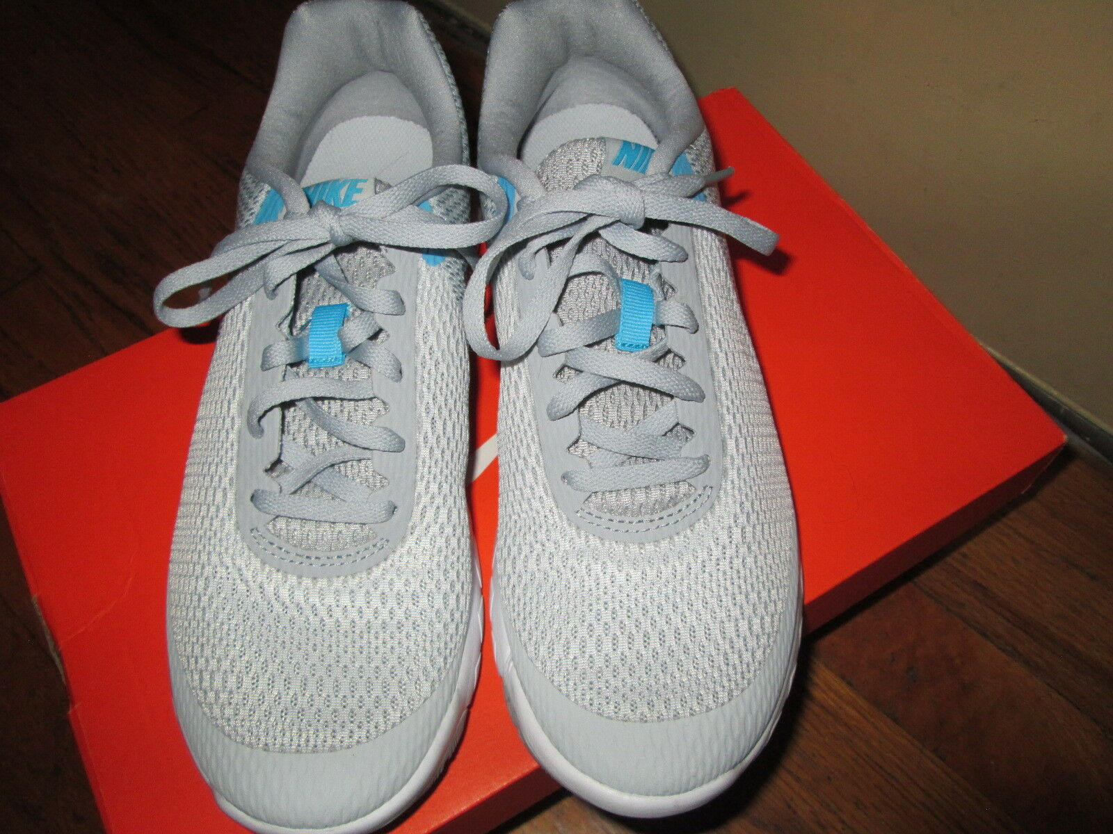 NIKE FLEX EXPERIENCE RN 6 WOMEN'S SIZE 8 SHOES 881805 011