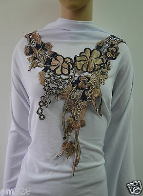 VK369 Floral Leaf Collar Front Lace Venise Applique Sew On Motif