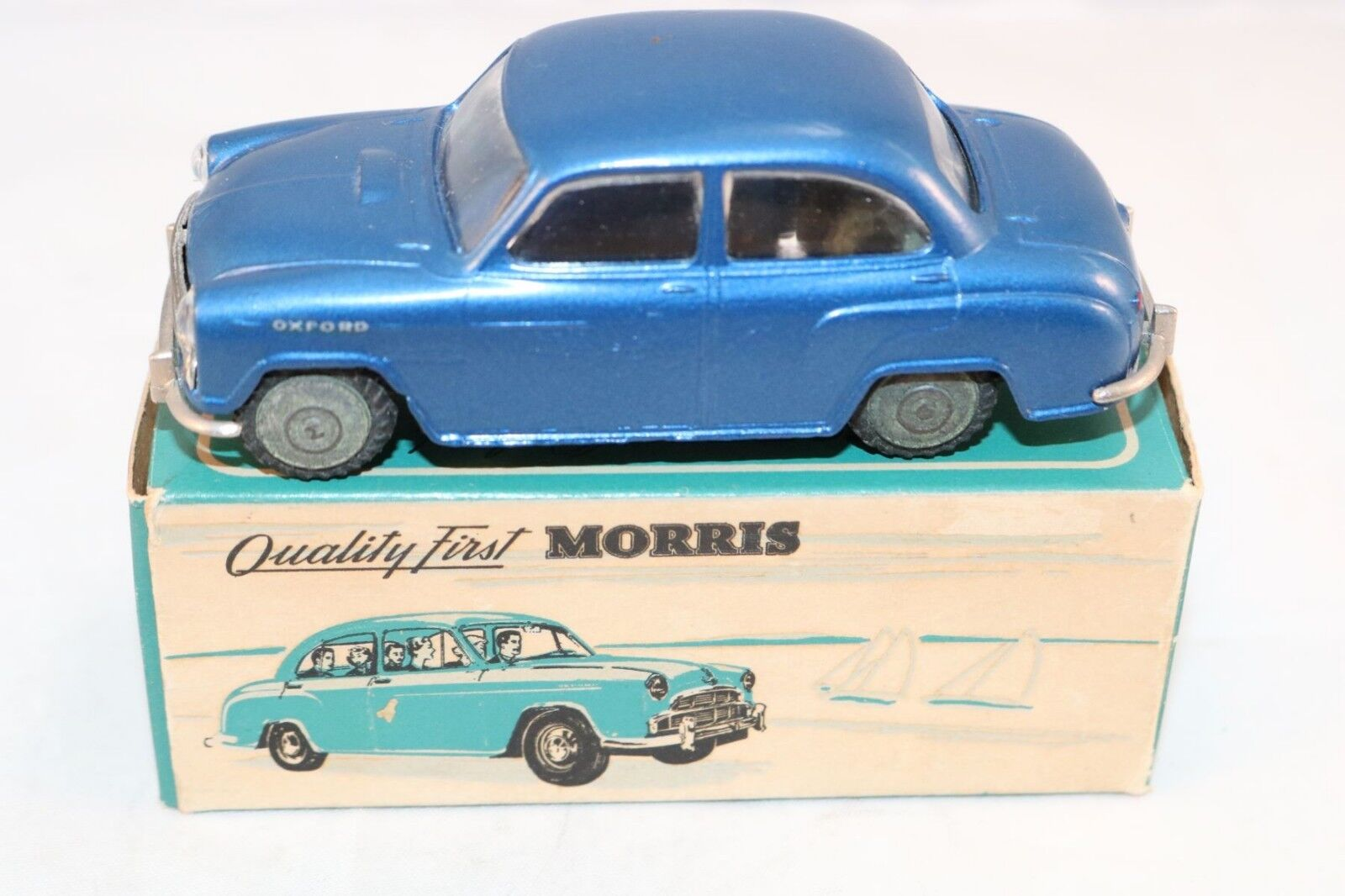 Tekno Denmark 719 Morris Oxford metallic bleu 99.9% mint in box Superb a beauty