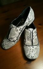 NEW Kelsi Dagger Sima Women's Leather Loafer size 9.5 Black Cream Shoes 9 1/2