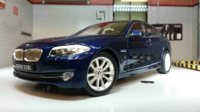 G 1:24 Scale Blue BMW 5 Series 535i F10 Saloon 24026 V Detailed Welly Model Car