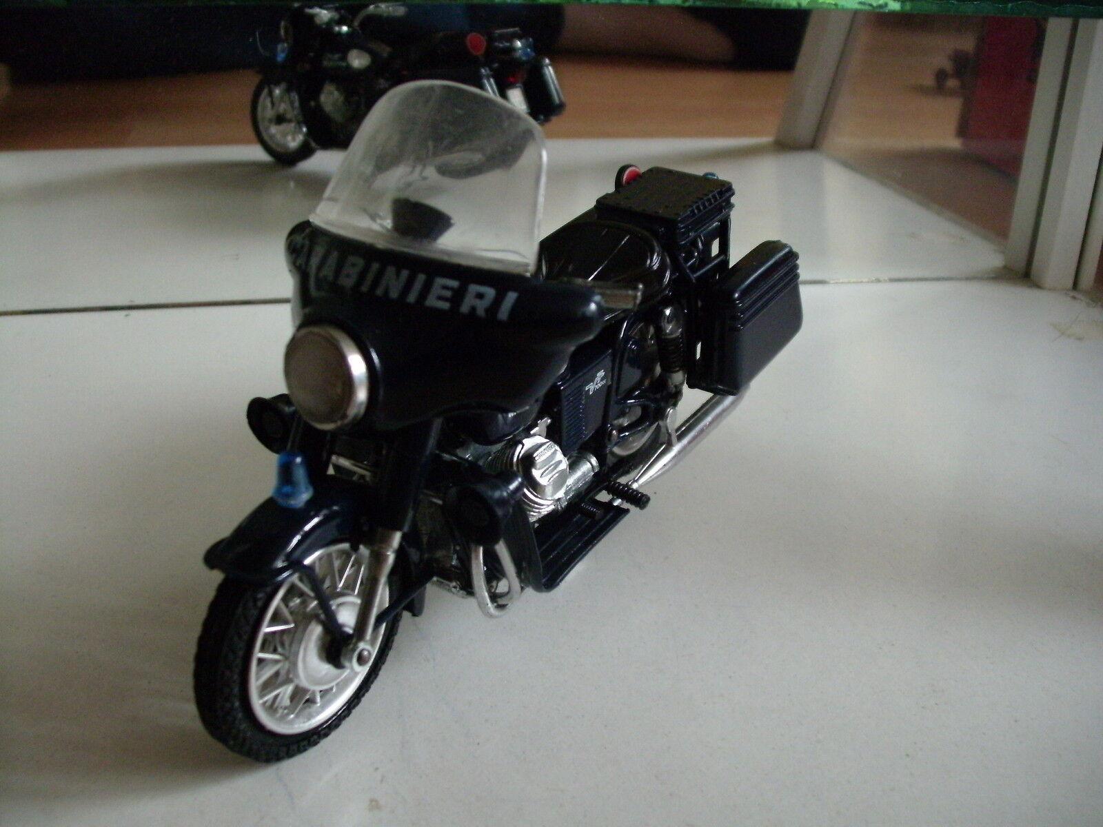 Polistil Moto Guzzi Carabinieri in Dark bluee on 1 15