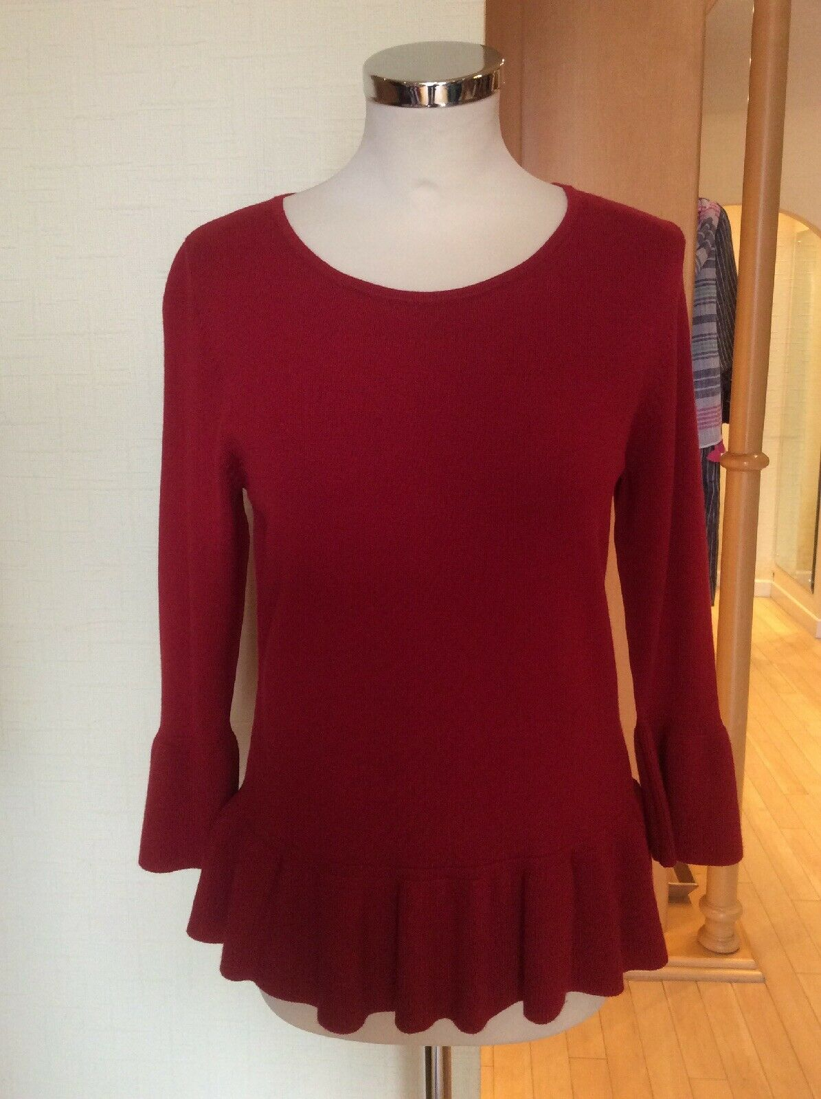 Betty Barclay Sweater Größe 12 BNWT rot With Ribbed Frill Trim   Now | Viele Sorten
