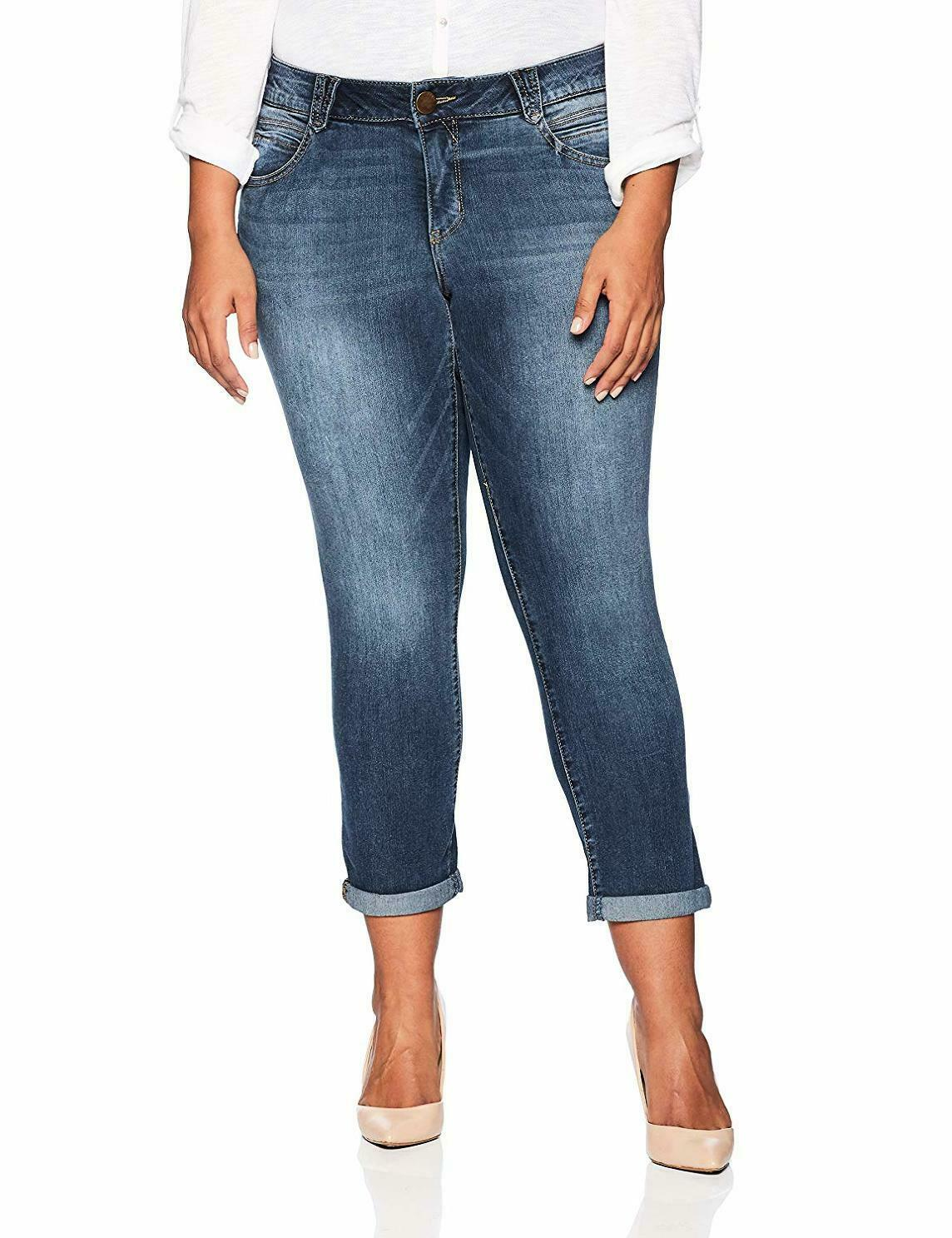 Democracy Women's Plus SZ Ab Solution Crop Jean - Choose SZ color