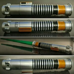 Rare-Green-Star-Wars-Lightsaber-Toy-2015-Hasbro-Lucas-film-Ltd