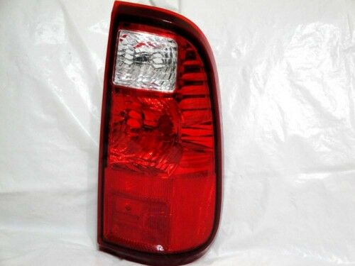 For 08-2011 F250 F350 Pickup Super Duty Rear Tail Light Lamp R H PassengerSide