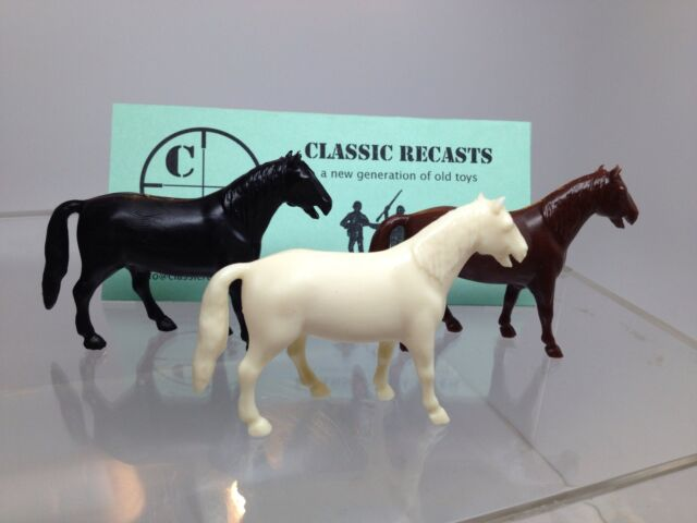 Recast Marx  60 MM Standing Horse. Set Of Three