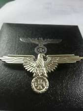WW2 GERMAN IRON CROSS EAGLE BADGE MILITARY WITH BOX