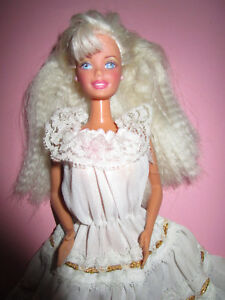 Kleid rosa blond