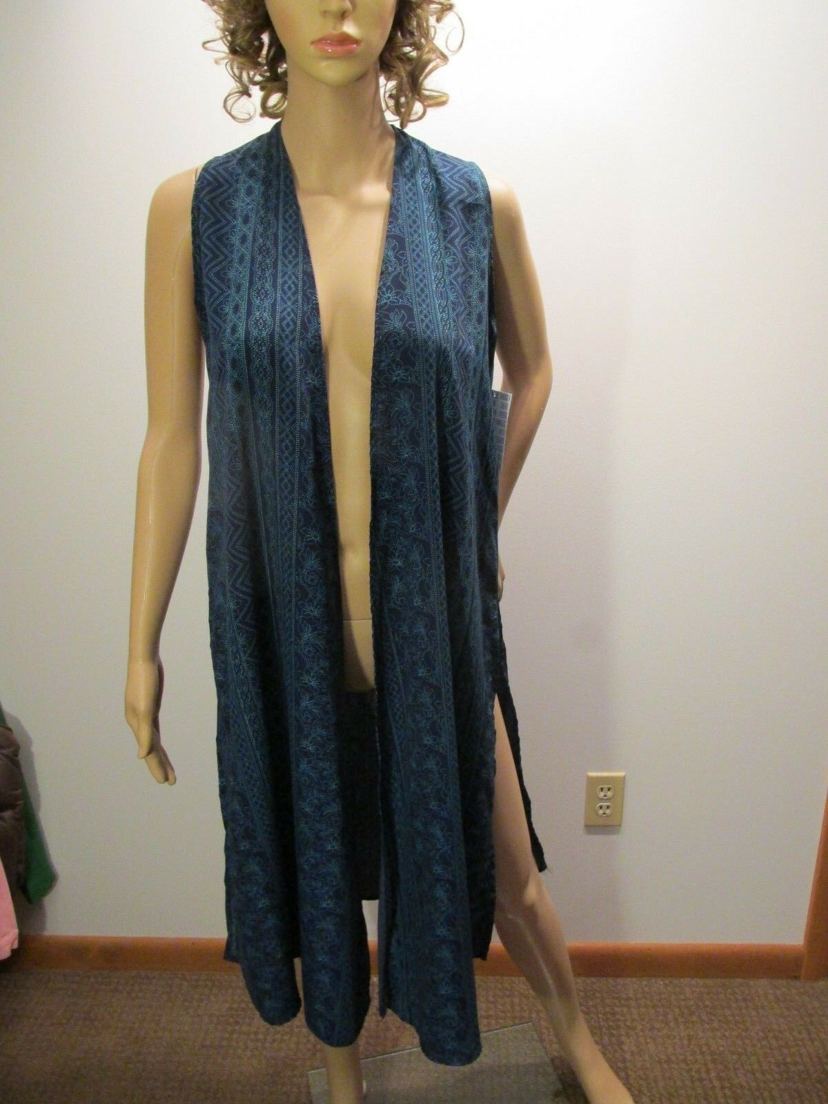 LULAROE JOY XSmall Mixed Geometric Floral Design Long bluee bluee bluee Vest Duster Tunic NWT 950295