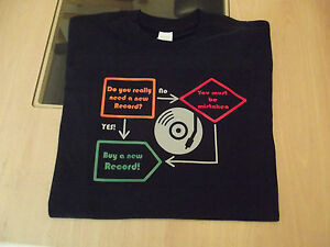 RETRO-VINYL-RECORD-COLLECTOR-T-SHIRT-DESIGN-S-M-L-XL-XXL