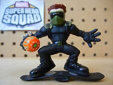 Marvel Super Hero Squad NEW GOBLIN on Glider / Board from Spider-Man Wave 1