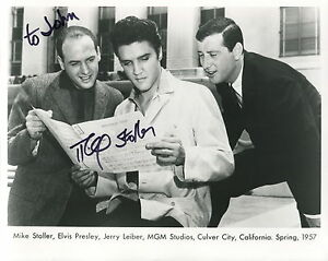 MIKE-STOLLER-HAND-SIGNED-8x10-PHOTO-COA-RARE-POSE-ELVIS-PRESLEY-TO-JOHN