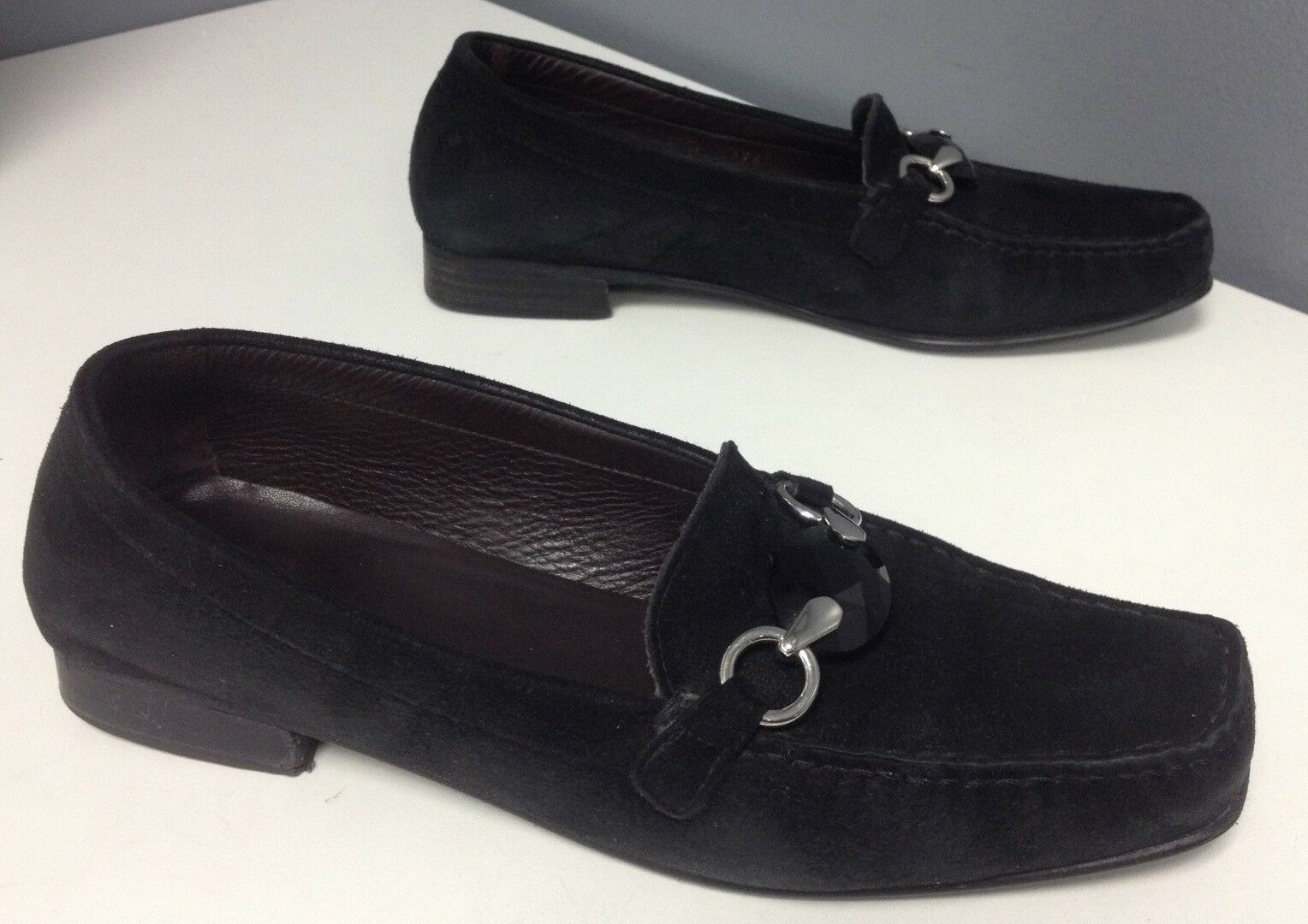 STUART WEITZMAN Black Suede Jewel Top Silver Hardware Slip On Loafer Sz 8 B4534