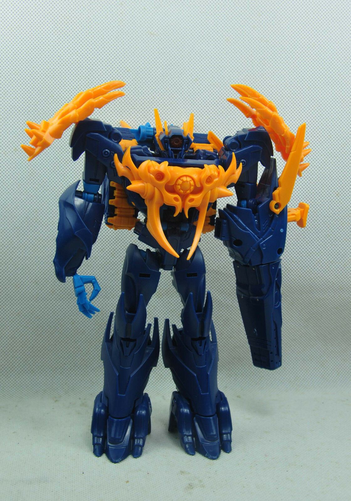 Transformers Prime Beast Hunters Voyager Class Shockwave prototipo