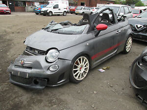fiat 500 abarth cabriolet automatic 2011 1 4 turbo breaking wheel bolt ebay. Black Bedroom Furniture Sets. Home Design Ideas