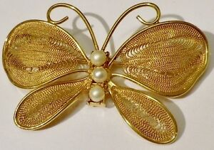 Charmante-broche-bijou-vintage-papillon-filigrane-perle-nacree-doree-or-fin-142