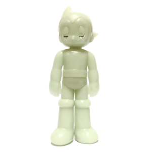 "Astro Boy Closed Eye Green Glow in Dark PVC 5.35/"" Figure by Toyqube x Tezuka GID"