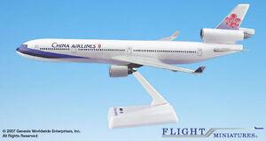 China-Airlines-McDonell-Douglas-MD-11-1-200-Modell-MD11-Flight-Miniatures-NEU