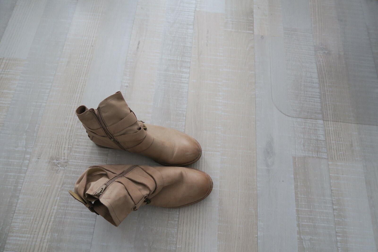Stiefel, Stiefeletten von bugatti, Gr. 41, Leder, Beige