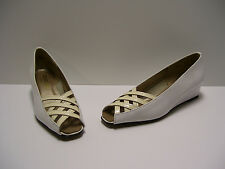 Magdesians Womens Shoes Sz 5 N US White Slipons Wedges Heels Casual Dress Pumps