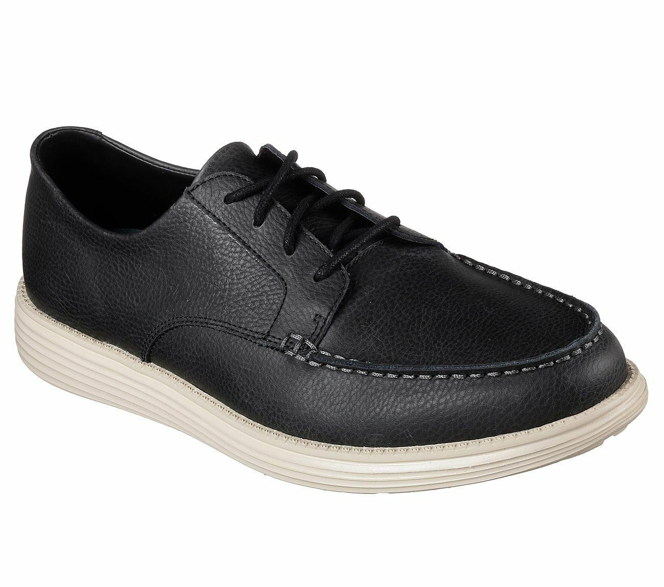 SKECHERS Men's Relaxed Fit Status-Lerado Casual Shoes in Black