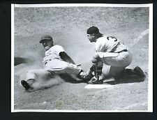 Hank Foiles & Pete Whisenant 1956 Press Photo Pittsburgh Pirates Chicago Cubs 65